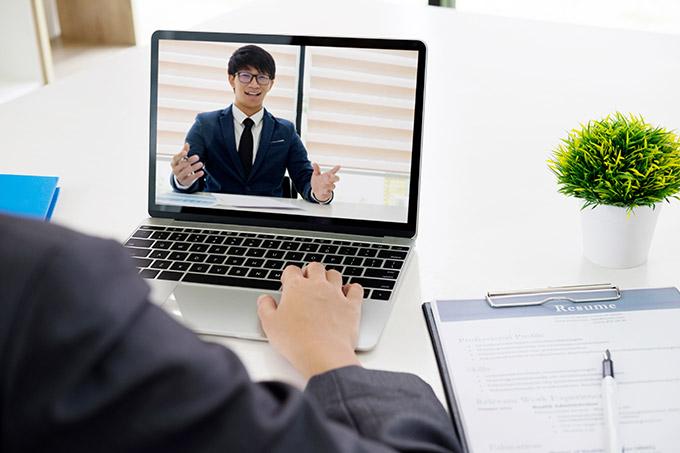 転職エージェントとのオンライン面談の様子