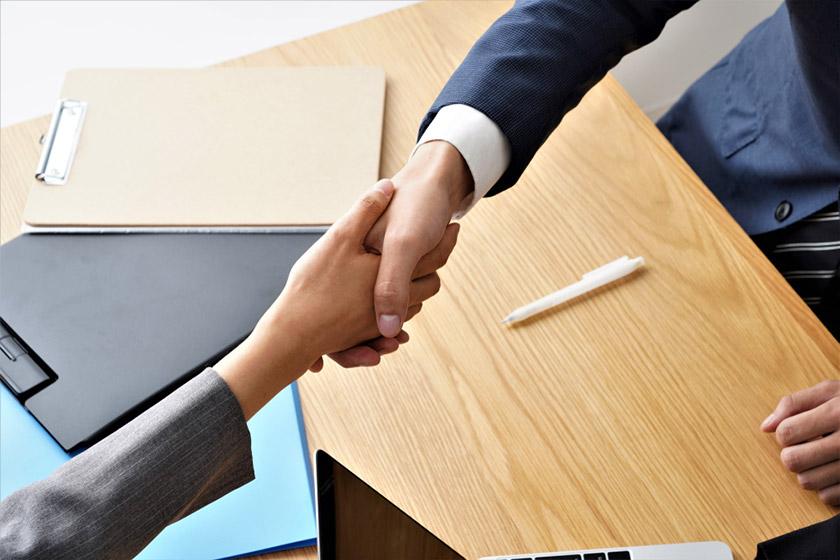 転職エージェントと転職サイトの違いを解説!上手な使い分けや併用ワザも